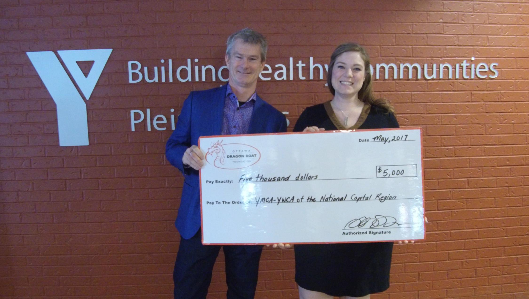 OTTAWA DRAGON BOAT FOUNDATION MAKES $5000 DONATION TO THE YMCA-YWCA OF THE NATIONAL CAPITAL REGION